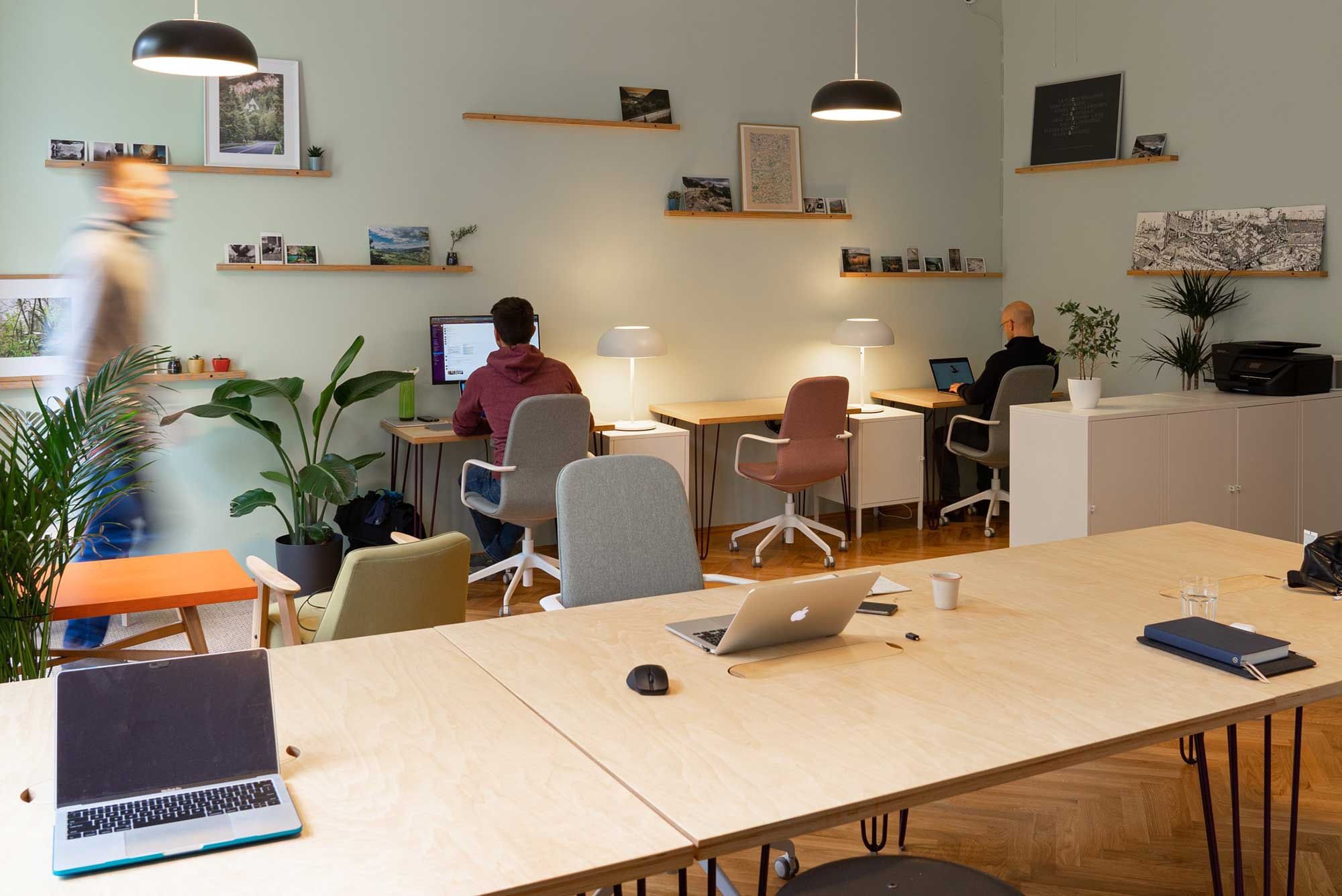 WBI-4-gruende-fuer-ein-wissensmanagement-system-ausfall-mitarbeiterin